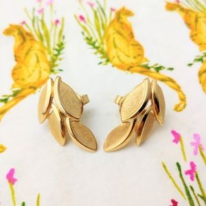 Vintage Leaf Clip On Earrings